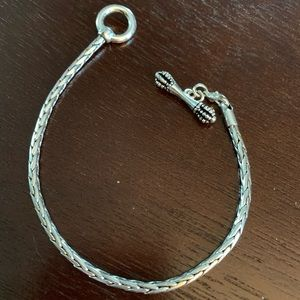 Silver bracelet for charms beads